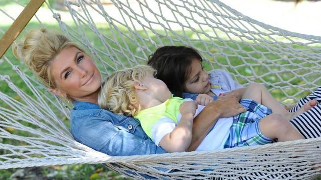Brande Roderick & kids